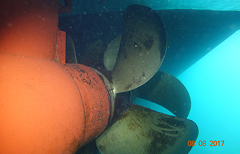 Searoad-ferries-ferry-propeller-underwater