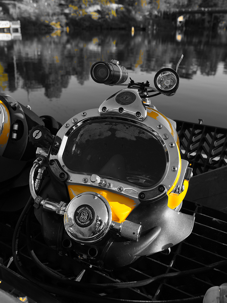 Commercial diving helmet at Windsor bridge