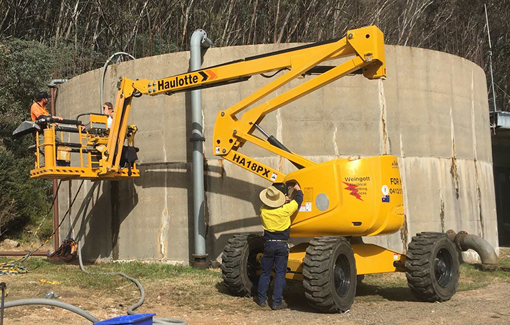 PDS Crew working on Mount Buller Potable Water Tanks