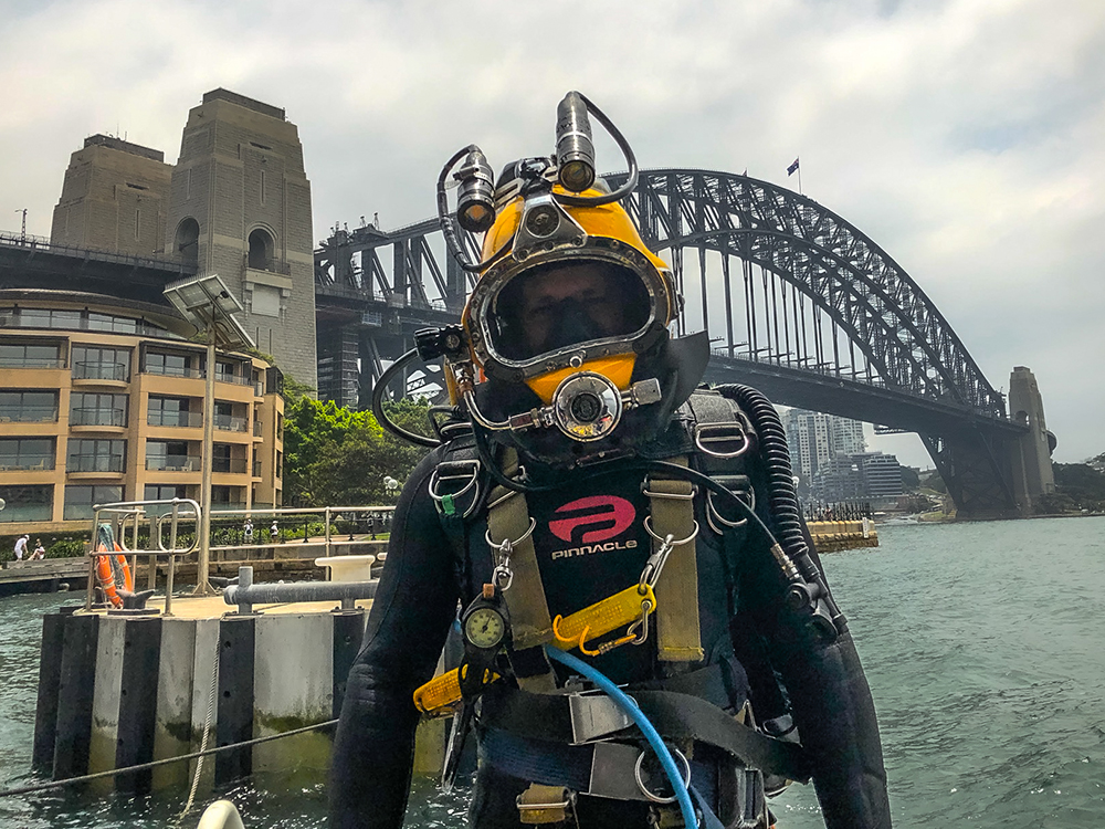Commercial diver at Sydney harbour bridge