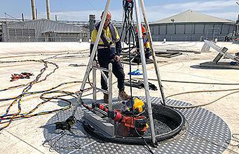 Diver undertaking contaminated diving work