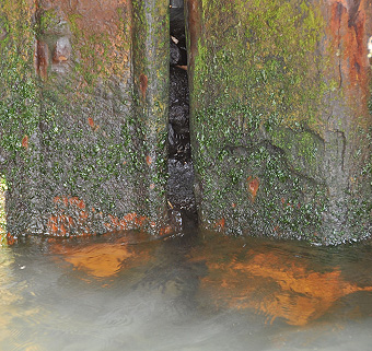 Sheet pile damaged by ALWC