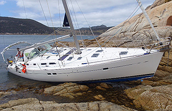 Vessel salvage deal island bass strait